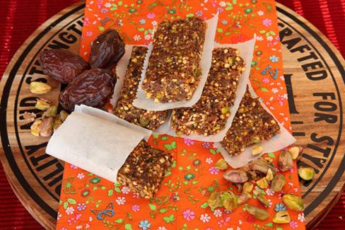 Dadel- Cranberriereep met pistachenoot