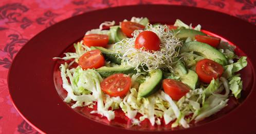 Salade Van Ijsbergsla En Avocado
